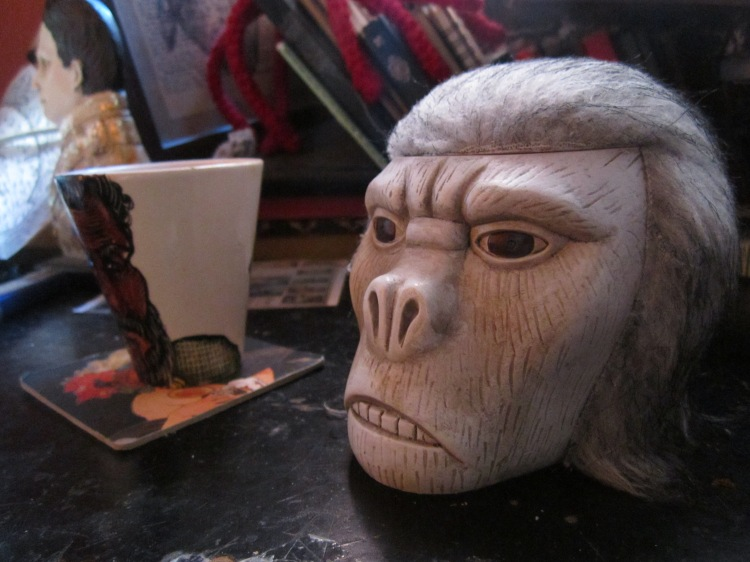 Even my workspace has apes in it