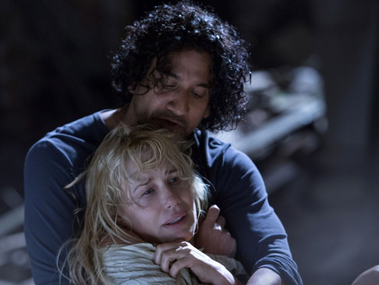 Inciting incident: Daryl Hannah and Naveen Andrews