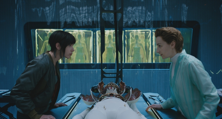Scarlett Johnasson and Anamaria Marinca in Ghost in the Shell (2017), dir. Rupert Sanders